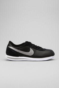 Nike Cortez '06 Leather Sneaker