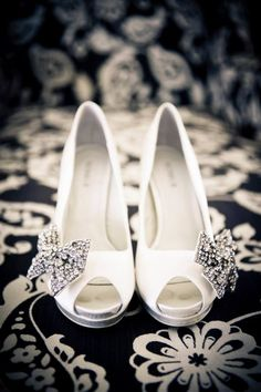 Every bride needs her beautiful accessories. We love these shoes. Such elegance and style. #heavensentweddings #bridalaccessories #bridalshoes #weddingshoes #weddingplanning