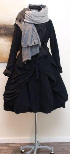stilecht - mode für frauen mit format... - rundholz - Mantel Stoff Mix Cashmere schwarz - Winter 2013
