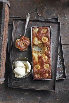 O gits! Delicious Desserts, Dessert Recipes, Yummy Food, Dessert Ideas, Custard Desserts, Sweet Desserts, Kos, Malva Pudding, South African Recipes