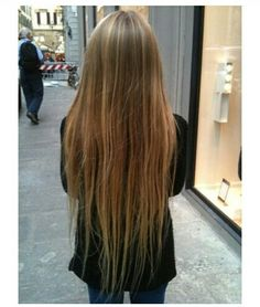 Just want my hair to be this long!! In love♡♥♡