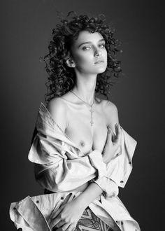 Paula Bulczynska by Remi Kozdra & Kasia Baczulis