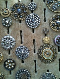 buttons that look like gorgeous jewels.