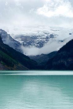 opcion:    Lake Louise (by Saskia R…)