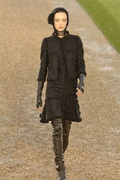 Chanel Fall 2007 Couture - Collection - Gallery - Style.com