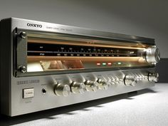 vintage audio hi fi stereo Ampli-Tuner Vintage Onkyo Hifi Stereo, Hifi Audio, Audiophile, Audio Sound, Sound Music, Audio Room, High End Audio, Home Cinemas, Vintage Ads