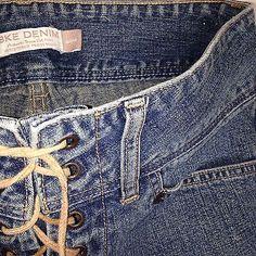 BKE-Buckle-Vtg-sz-28-W-Capri-Crop-Jeans-Mid-Rise-Lace-Front-Vent-Leg-Excellent