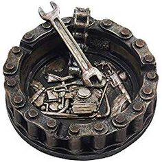 Decorative Motorcycle Chain Ashtray with Wrench and Bike Motif - Unique man cave decor and other ideas man cave decorations - Gifts ideas for guys. Great Father's Day Gifts, Best Gifts For Men, Unique Gifts, Mens Room Decor, Diy Room Decor, Diy For Girls, Diy For Teens, Biker Bar, Mechanic Shop