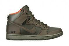 "low priced 7729e 40b3d Frank Kozik x Nike SB Dunk High ""Kozik Quickstrike"" Heren Mode Schoenen,  Sneakers"