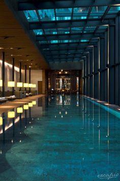 Spa mit Pool im The Chedi Andermatt in der Schweiz