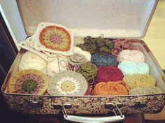 what an entirely too neat suitcase full of yarn!