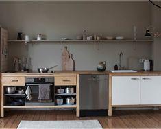 Interior Design Trends With designer Swantje Hinrichsen - Kitchen, wood, natural materials and muted colors - Interior Design Trends, Design Trends 2018, Diy Interior, Kitchen Interior, Kitchen Decor, Kitchen Wood, Cuisines Design, Küchen Design, Muted Colors