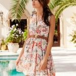 Модные пляжные платья летнего сезона 2012