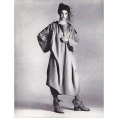Model Janice Dickinson wearing Jean-Charles de Castelbajac. Hair Harry King. Makeup Sandy Linter. Photographed by Richard Avedon for Vogue US, July, 1977. #vintagevogue @sandylinter @janicedickinson