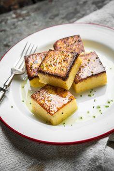 Cowboy Beansit on maustettu juustokuminalla, sinapilla ja etikalla.