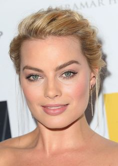 Margot+Robbie+Australians+Film+Awards+Benefit+W57n3buliY-l