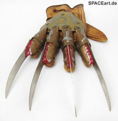 Nightmare on Elm Street 5: Freddy Krueger Handschuh, Fertig-Modell ... http://spaceart.de/produkte/nes004.php