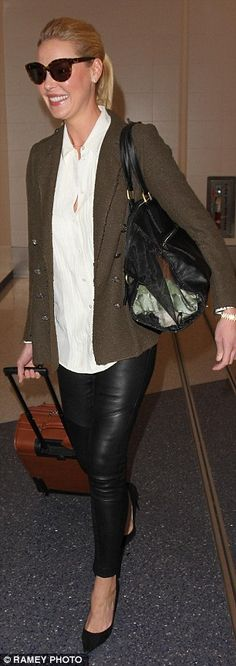 Katherine Heigl shows off her long legs in leather trousers #dailymail