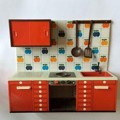 Vintage toy kitchen tin metal apple Fuchs by HappyCatVintage