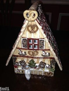 Villeroy & Boch CHRISTMAS MARKET Gingerbread Stand - No Base