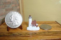 Dollhouse Miniature 1:12 Home Decor Lighthouse 3/4 inch Tall #A4-16 #TownSquareMiniatures