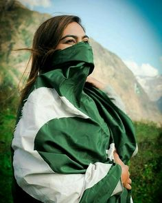 Visit for more dpz and wishes for friends Pakistan Flag Hd, Pakistan Art, Girls Dress Pic, 14 August Pics, August Images, Pakistan Flag Wallpaper, Happy Independence Day Pakistan, Independence Day Wallpaper, Cute Boys Images