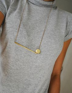 Geometric gold necklace - minimalist - simple - contemporary jewelry - bronze - modern - circle - metal - handmade - List of the best jewelry High Jewelry, Modern Jewelry, Custom Jewelry, Handmade Jewelry, Contemporary Jewellery Designers, Geek Jewelry, Jewelry Accessories, Jewelry Necklaces, Fashion Jewelry