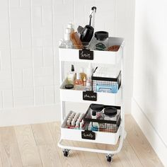 Bathroom storage is a location of the home we constantly require to work on. Then you'll need to see these 30 bathroom storage ideas. Dorm Room Organization, Bathroom Organisation, Makeup Organization, Hair Product Organization, Dorm Room Storage, Storage Room Ideas, Small Office Organization, Dorm Room Closet, Hair Product Storage