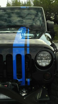 Mopar Jeep Wrangler Apache. Love that blue stripe! It really pops!