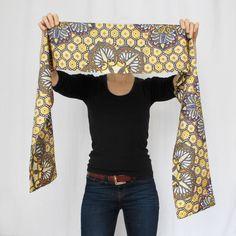 Foulard écharpe à motifs en matière satinée Bell Sleeves, Bell Sleeve Top, Tops, Women, Fashion, African Patterns, Headscarves, African, Moda