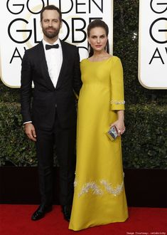 b47a06ab4d 14 Breathtaking Celebrities Maternity Style and Fashion Ideas to Copy in  2017