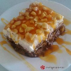 Τούρτα καραμελωμένη Greek Sweets, Greek Cooking, Greek Recipes, Candy Recipes, Cake Cookies, Food Processor Recipes, Waffles, Sweet Tooth, Recipies