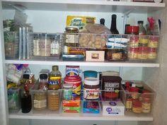 Organizing spice bins