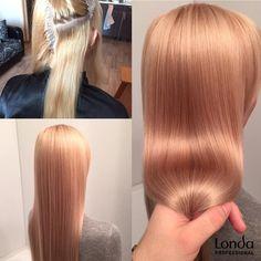 koktél szín szőke előre fehérített haj Londa Professional edző Nikita Medvedev ajánlja a következő készítmény egy krém-festék Londa Professional: 10/16 (20 g) +8/38 (10g) +9/7 (20g) +8/43 (5 g) + 1,9% (110gr). A festést végzünk egy tiszta, nedves hajra. További hajápoló termékek a színezék keverék, akkor adjunk hozzá 2-3 csepp olajat Velvet Oil