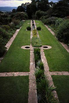 Hestercombe Water Garden - Hestercombe House, Cheddon Fitzpaine, TAUNTON, Somerset TA2 8LG, United Kingdom (Gardens by Edwin Lutyens and Gertrude Jekyll : 1904 - 1908)