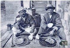 Kyrgyzs drinking Kok Chai (Green Tea). Photo by I. N. Panov, 1929.