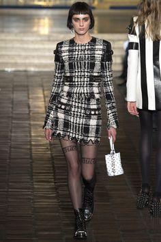 #AlexanderWang  #fashion  #Koshchenets     Alexander Wang Fall 2016 Ready-to-Wear Collection Photos - Vogue