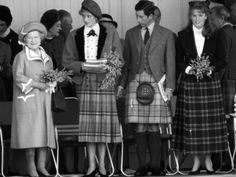 Queen Mother with Princess Diana, Prince Charles and Sarah Ferguson the Duchess of York Sarah Ferguson, Sarah Duchess Of York, Duke And Duchess, Charles And Diana, Prince Charles, Prince Andrew, Prince And Princess, Princess Of Wales, Royal Princess