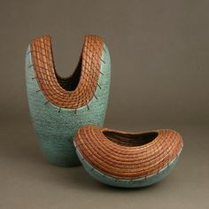 Ceramic and pine needle baskets by Hannie Goldgewicht