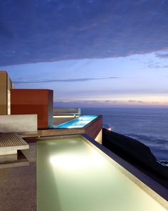 conjunto casas vedoble / barclay & crousse at la escondida beach : peru
