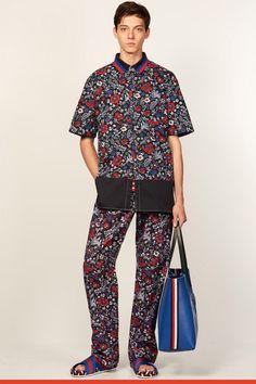 Tommy Hilfiger SS17.  menswear mnswr mens style mens fashion fashion style tommyhilfiger campaign lookbook