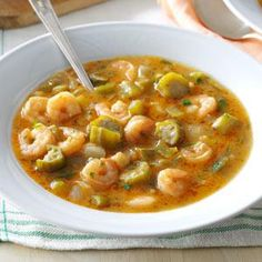 Gumbo is one of dishes that helped make the Creole-Cajun cuisine of Louisiana so famous. We live acr. - Provided by Taste of Home Cajun Recipes, Seafood Recipes, Soup Recipes, Cooking Recipes, Haitian Recipes, Cajun Cooking, Cajun Food, Louisiana Recipes, Chowder Recipes