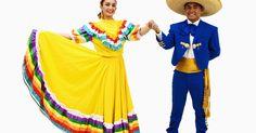 Qué usar en una fiesta mexicana. ¿Estás invitado a una fiesta mexicana y no sabes qué ponerte? No hay de que preocuparse: los trajes de fiesta se pueden montar fácilmente con los colores y los accesorios adecuados. La única preocupación de la noche debe ser qué margarita vas a probar, no qué falda llevar. Las fiestas son una celebración de la cultura española; se llevan a cabo ...