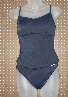 Liz Cleiborne blue 2 piece Swimwear  adjustable straps all assist in polishing this poolside look  Size: 8
