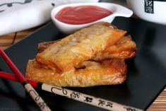 Ricetta per preparare in casa Gli involtini Primavera Cinesi, cotti al forno oppure fritti. Ricetta facile e veloce con pasta fillo, carne, verza, carota.