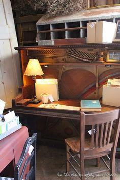 repurposed piano into desk