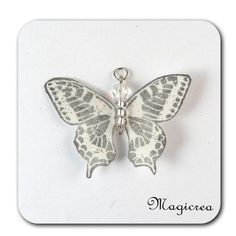 PENDENTIF PAPILLON 5 CM BLANC ARGENTE-MAEVA - Boutique www.magicreation.fr