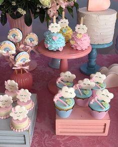 "59 Likes, 3 Comments - Solange Cake (@solangecake) on Instagram: ""Doces Chuva de Amor #chuvadeamor #festachuvadeamor #festanuvem #doceschuvadeamor #fofo…"""