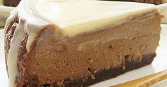 粉無しで作るとっても濃厚なカフェモカのチーズケーキ♪ チーズの酸味、コーヒー&チョコ、シナモンの風味、ホワイトチョコソースのまろやかさ♡ 色んな風味と食感が味わえる、ほろ苦な大人味のチーズケーキができました(^-^)♪
