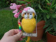 """Budgerigar  Knitted life size Budgie  """"Bonnie """" swing and hat   mini bear artist"""